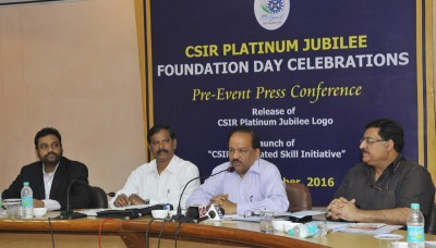 The Union Minister for Science & Technology and Earth Sciences, Dr. Harsh Vardhan holding a press conference in connection with CSIR Platinum Jubilee Celebrations, in New Delhi on September 23, 2016.