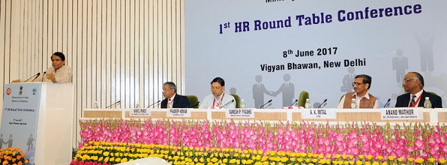 Suresh Prabhakar Prabhu addressing at the Indian Railways' 1st HR Round Table Conference