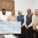 CWC handed over dividend cheque of 53.14 Cr
