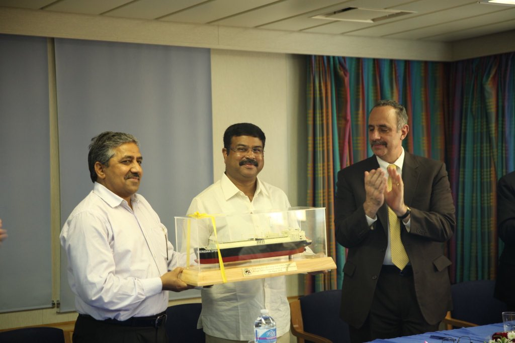 India receives first consignment of LNG