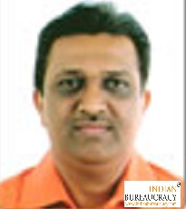 N P Thakar IAS