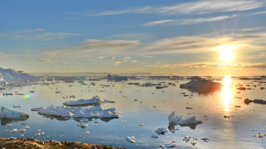 A warming Arctic produces weather extremes