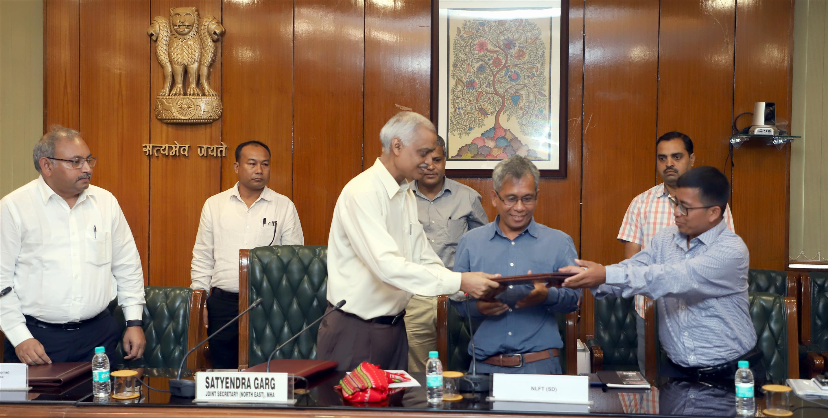 GoI , Tripura and NLFT- SD sign Memorandum of Settlement
