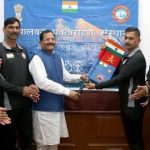 Shripad Yesso Naik flags off Mountaineering Expedition team to climb Mt. Elbrus