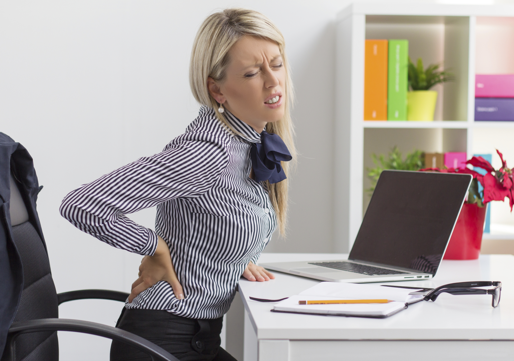 Desk Job with Sedentary Lifestyle = Muscular Degeneration | How to fight it out !!