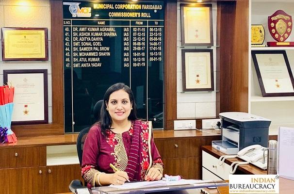 Sonal Goel IAS HR-Indian Bureaucracy