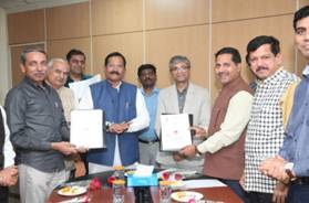 CCRAS Signs MoU with JNU and ILBS