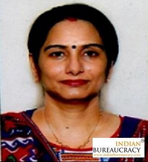 Smita Pandey IAS WB