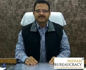 Ravindra Kumar IAS posted as DM- Unnao, UP   Indian Bureaucracy is ...